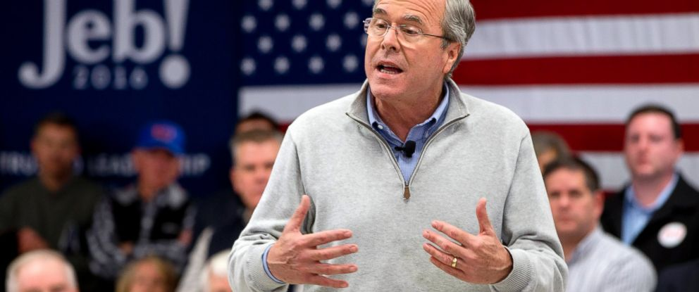 PHOTO: Republican presidential candidate former Florida Gov. Jeb Bush speaks during a town hall meeting at West Running Brook Middle School in Derry, N.H., on Feb. 4, 2016.