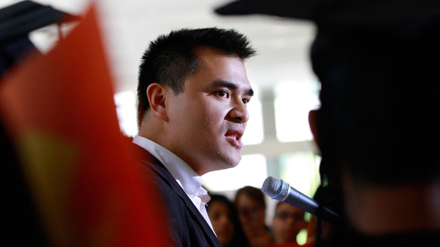 PHOTO: Former Washington Post journalist turned immigration reform activist, Jose Antonio Vargas, center, an illegal immigrant himself, speaks at an informational news conference supporting President Obama's announcement to stop deportations of younger il