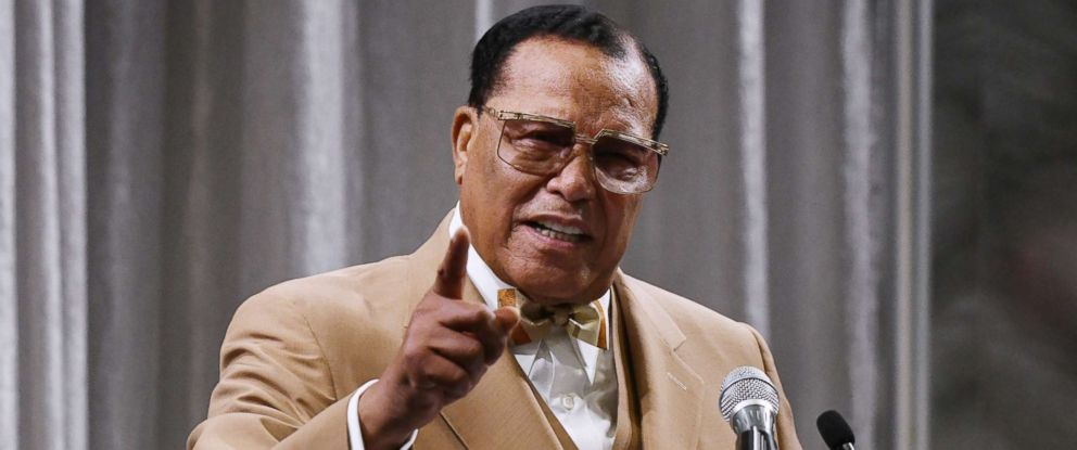 PHOTO: Nation of Islam Minister Louis Farrakhan delivers a message to President Donald Trump during a press conference on November 16, 2017 at the Watergate Hotel, in Washington DC.