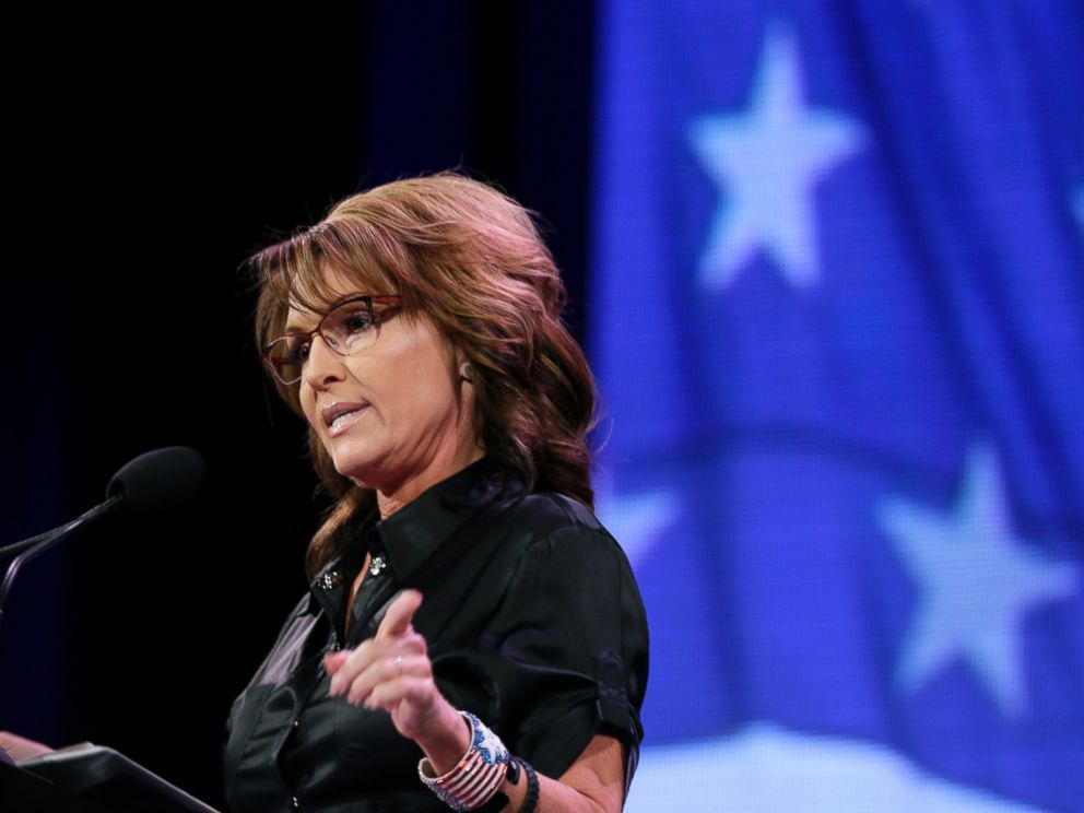PHOTO: Former Alaska Gov. Sarah Palin speaks during the Freedom Summit, Saturday, Jan. 24, 2015, in Des Moines, Iowa.