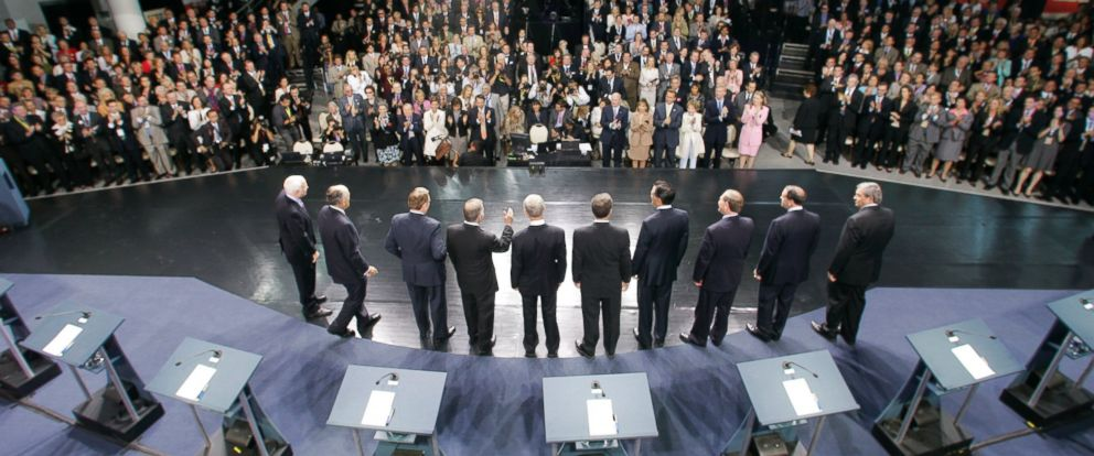 PHOTO: Republican presidential hopefuls line up on stage before the first republican presidential primary debate of the 2008 election at the Ronald Reagan Library, May 3, 2007, in Simi Valley, Calif.