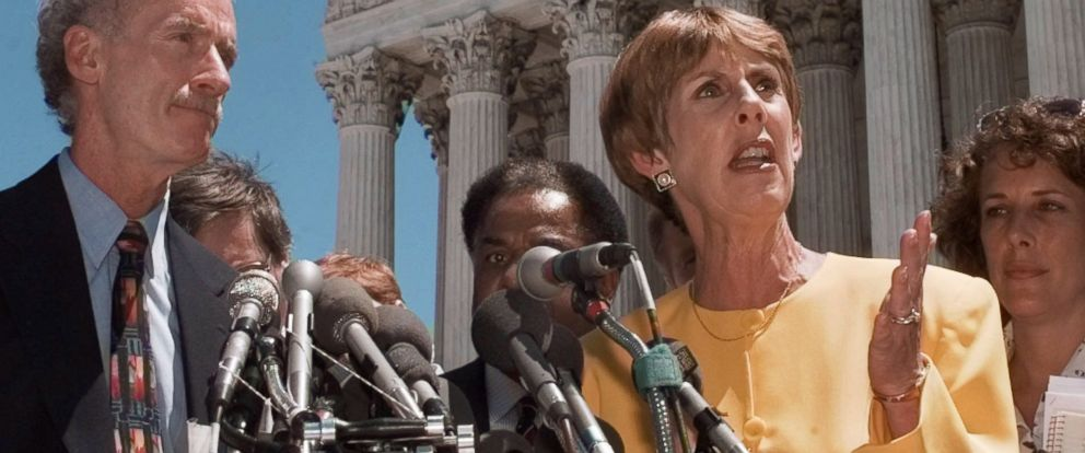 PHOTO: Sarah Brady speaks during a news conference June 27, 1997, in Washington.