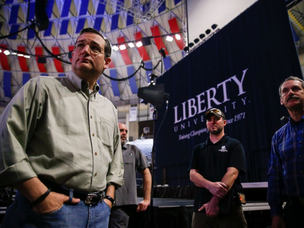 PHOTO: Sen. Ted Cruz, R-Texas, left, meets with staff and coordinators during a walk-through for his Monday morning speech where he will launch his campaign for president of the United States at Liberty University on March 22, 2015 in Lynchburg, Va.