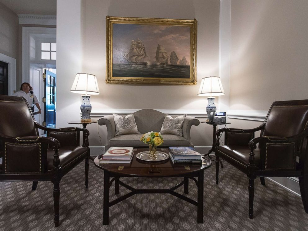 PHOTO: The Newly Renovated West Wing Lobby Of The White House Is Seen In  Washington