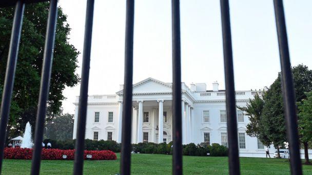 https://s.abcnews.com/images/Politics/ap_white_house_fence_js_150201_16x9_608.jpg