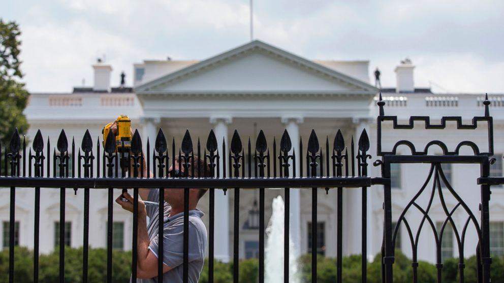 Metal Spikes Installed On White House Fence In Latest Security
