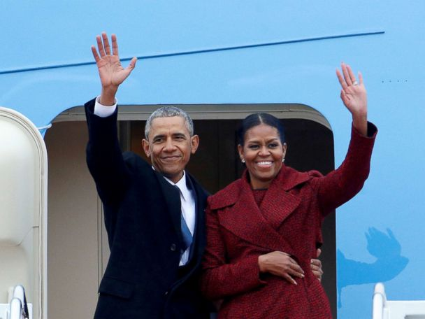 The Obamas ink a multiyear deal with Netflix