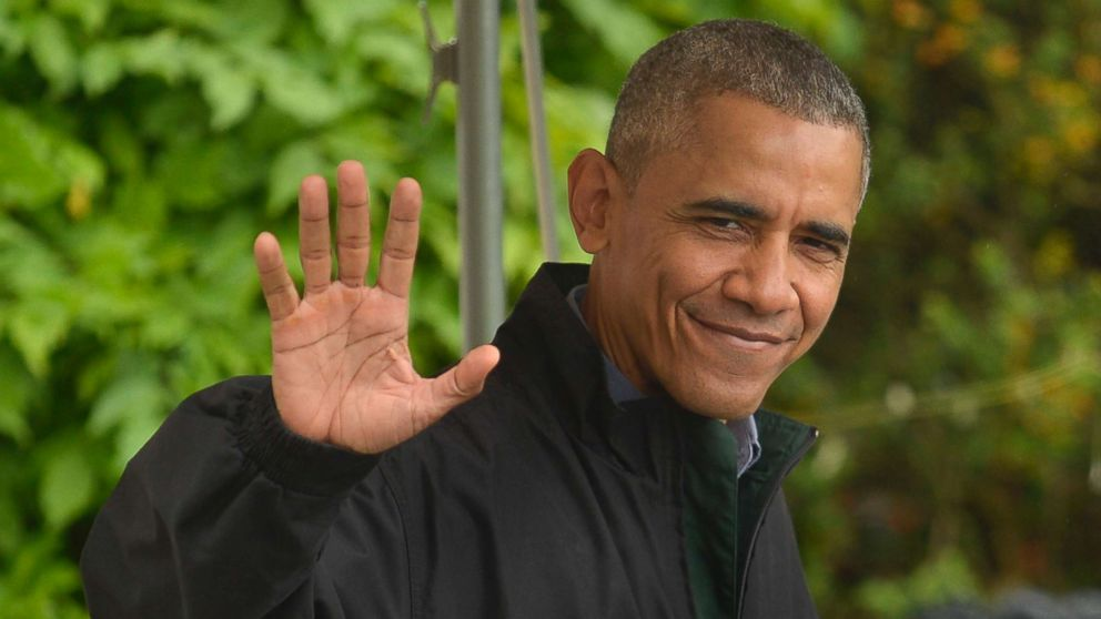 President Barack Obama waves to the press as he departs the White House for his week-long trip to Japan and Vietnam, May 21, 2016, in Washington, DC.
