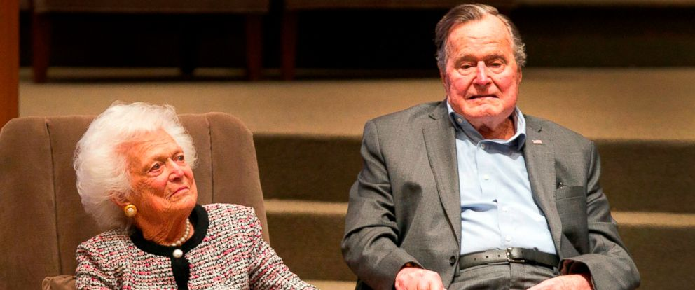 PHOTO: In this March 8, 2017, file photo, the Mensch International Foundation presented its annual Mensch Award to former President George H.W. Bush and former first lady Barbara Bush at an awards ceremony hosted by Congregation Beth Israel in Houston.