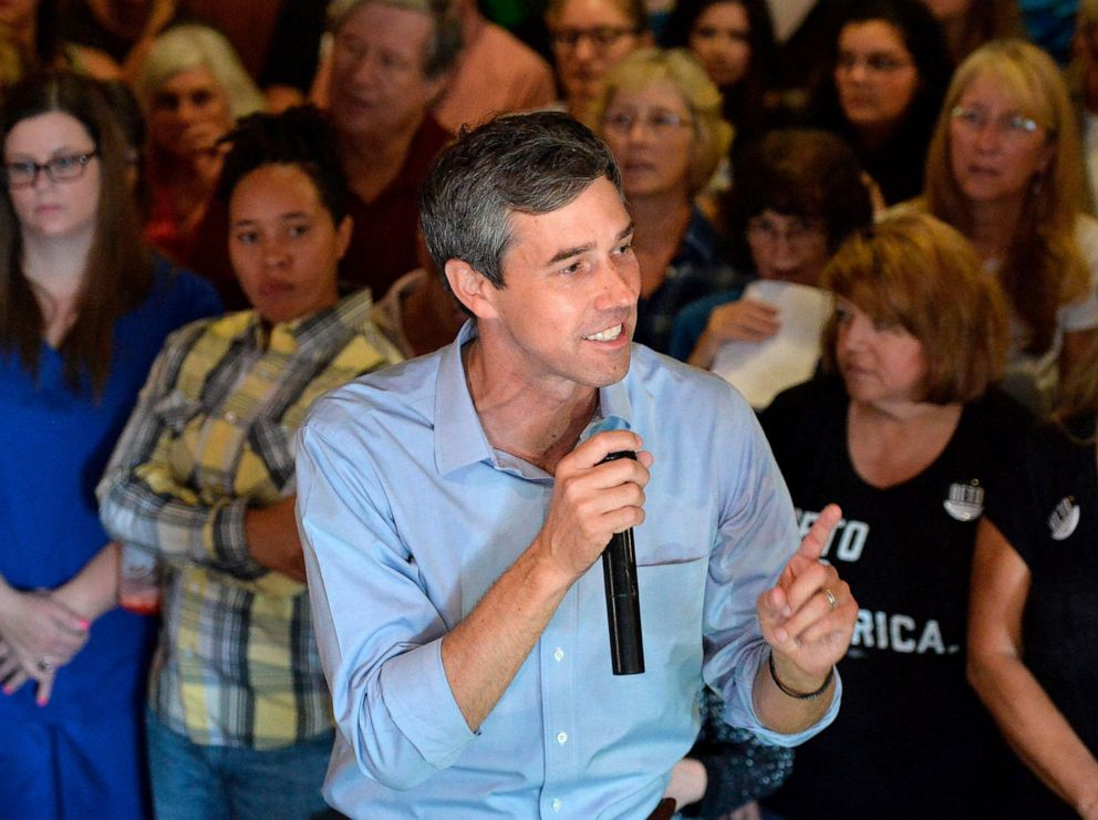 PHOTO: People pack Lavery Brewing Co. to hear Democratic presidential candidate Beto ORourke during a town hall event Thursday, Sept. 26, 2019 in Erie, Pa.