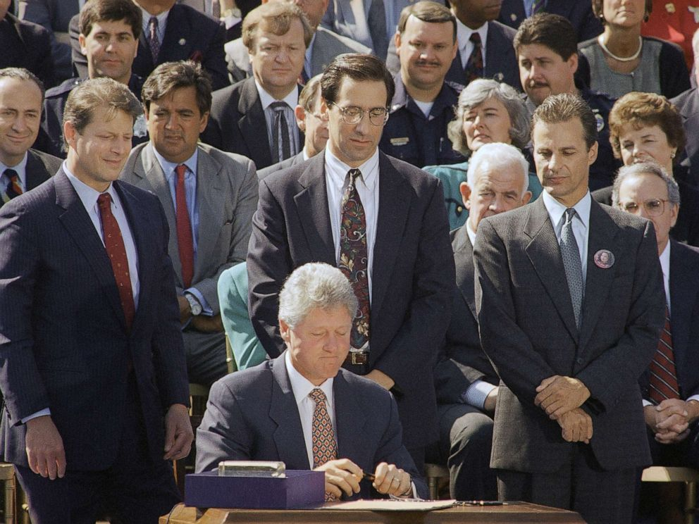 PHOTO: President Bill Clinton signs the $30 billion crime bill on the South Lawn of the White House , Sept. 13, 1994.