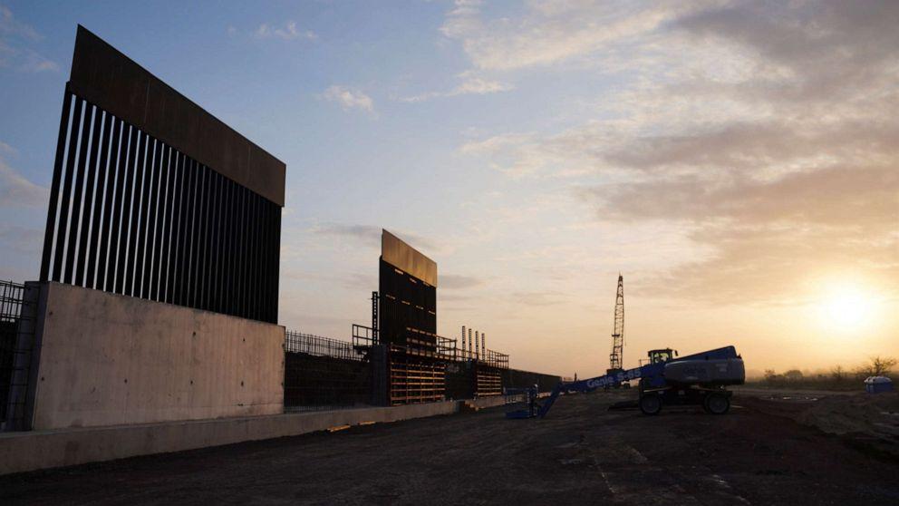 Gerichte blockieren Trump Verwaltung planen den Einsatz militärischer Mittel für Grenze Wand