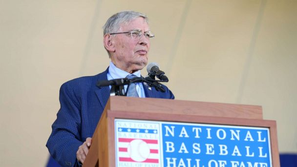 Why former baseball commissionerBud Selig dropped f-bomb at the White House