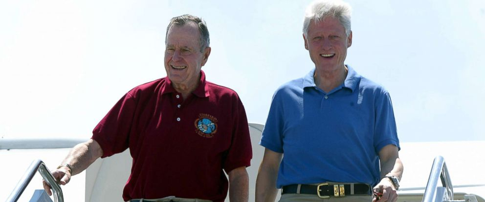 PHOTO: Former presidents George H.W. Bush and Bill Clinton arrive in Phuket, south Thailand, Feb. 18, 2005.