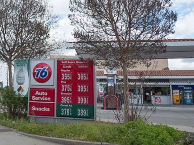 PHOTO: A sign at 76 gas station in Lafayette, Calif., shows high gas prices, Feb. 26, 2018.