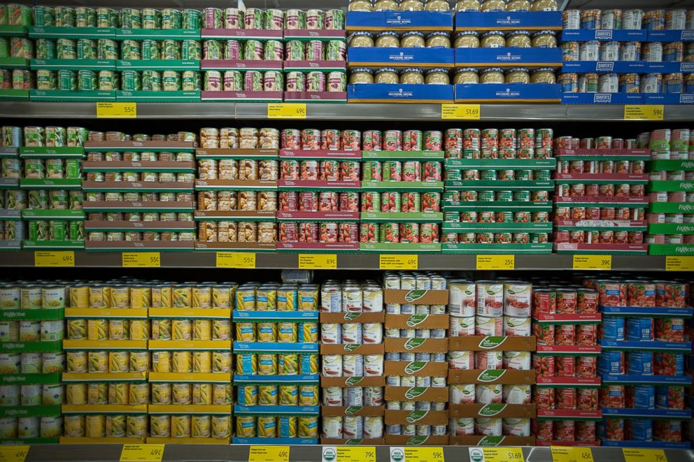PHOTO: Canned vegetables are displayed for sale at store in Hackensack, N.J., June 8, 2017.