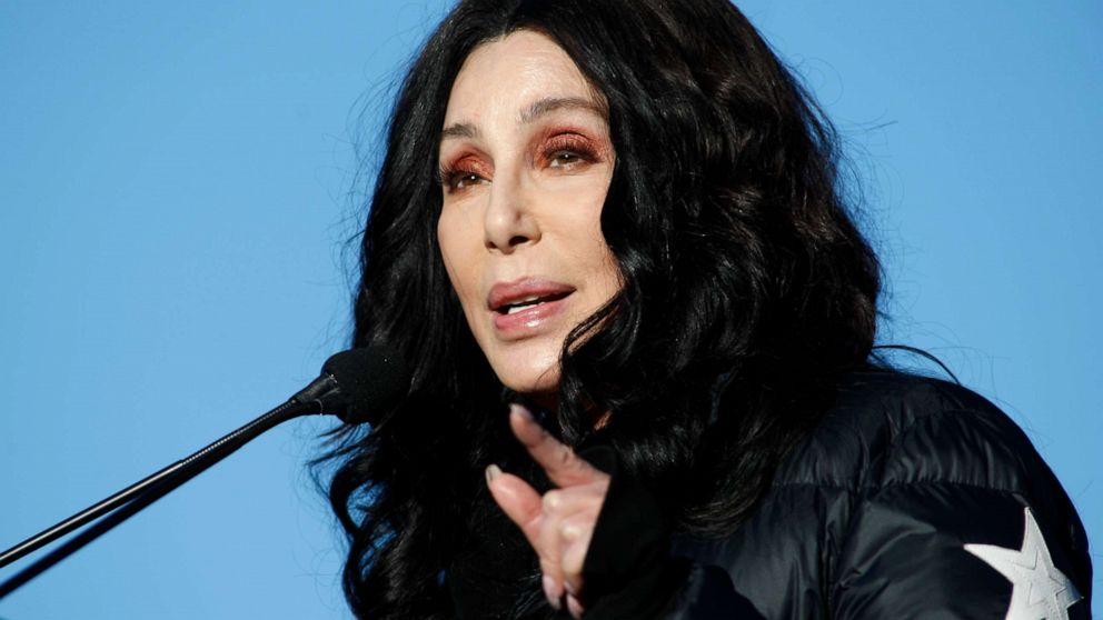 Trump and Cher in war of words over immigration on Twitter
