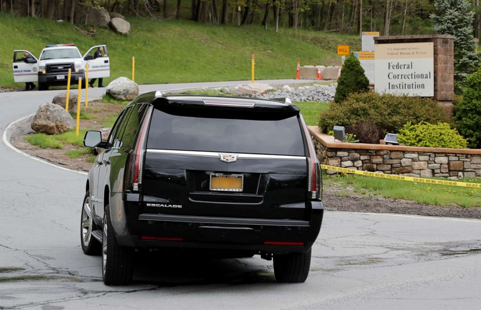 PHOTO: The vehicle carrying Michael Cohen, President Donald Trumps former lawyer, arrives at the Federal Correctional Institution in Otisville, N.Y., May 6, 2019.