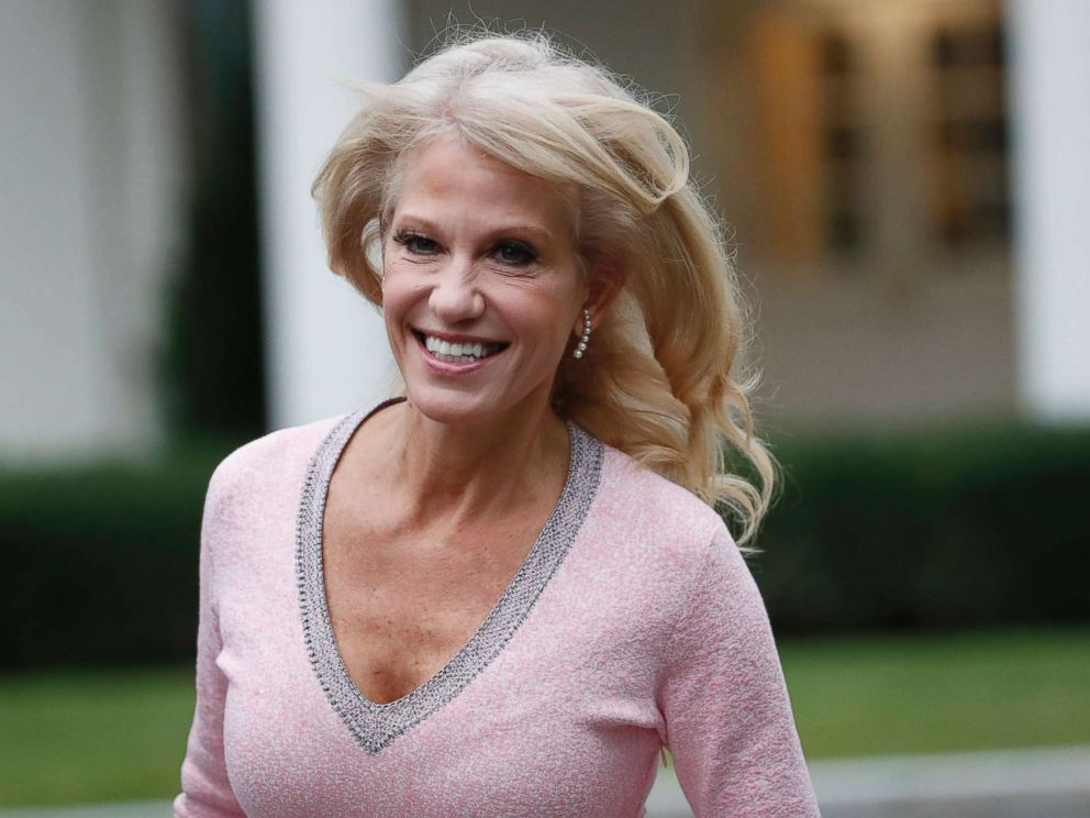 PHOTO: Kellyanne Conway arrives at the White House, Sept. 27, 2018.