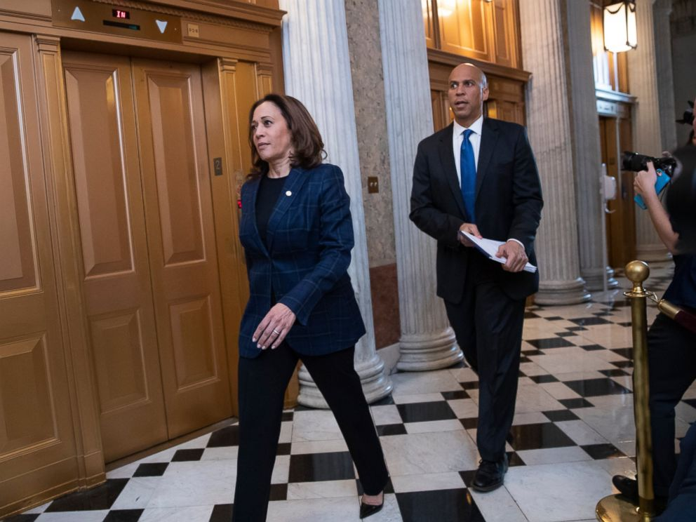 PHOTO: Senate Judiciary Committee members Sen. Kamala Harris, D-Calif., left, and Sen. Cory Booker, D-N.J., arrive at the chamber for the final vote to confirm Supreme Court nominee Brett Kavanaugh, at the Capitol in Washington, Saturday, Oct. 6, 2018.