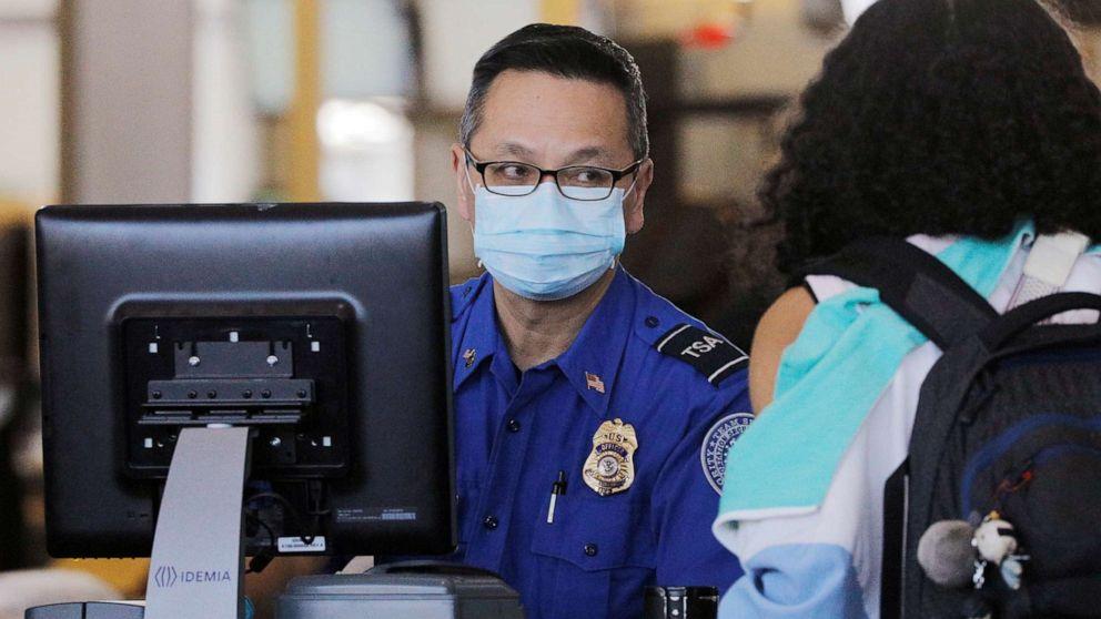 TSA officers need more protection amid coronavirus outbreak, union says thumbnail