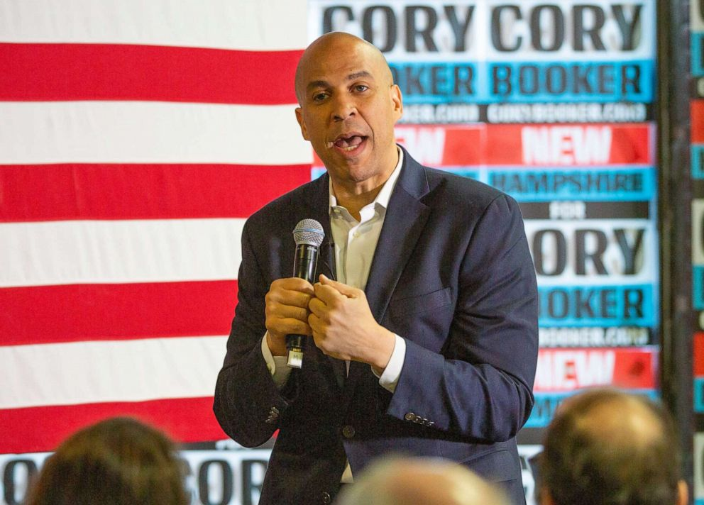 PHOTO: Cory Booker addresses voters at a campaign stop in Lebanon, N.H., March 15, 2019.