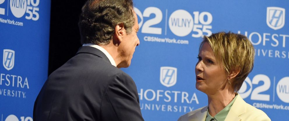 PHOTO: New York Gov. Andrew M. Cuomo and Cynthia Nixon shake hands at Hofstra University in Hempstead on Wednesday, Aug. 29, 2018 ahead of their the Democratic gubernatorial primary debate.