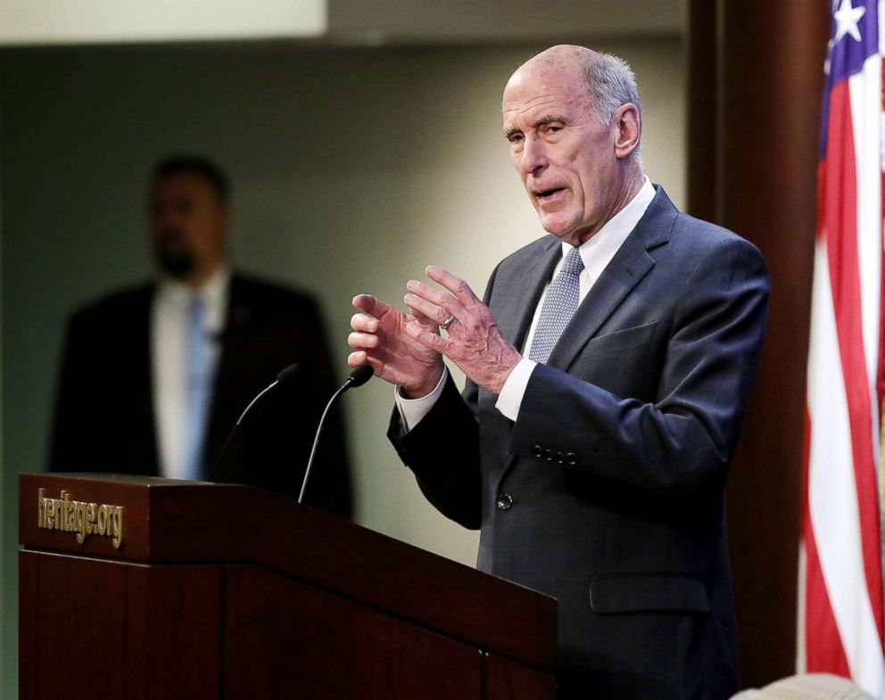 PHOTO: U.S. Director of National Intelligence Dan Coats delivers remarks on Oct. 13, 2017, in Washington, D.C.