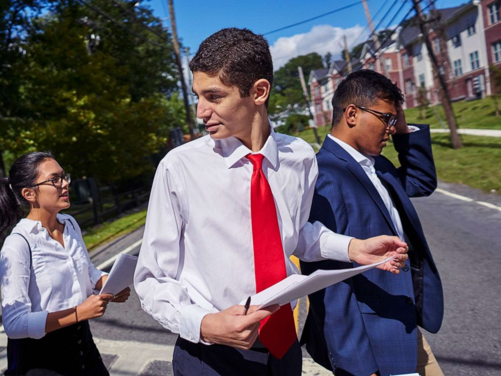 PHOTO: David Oks, then 16, campaigns for mayor of Ardsley, N.Y., on Sept. 9, 2017.