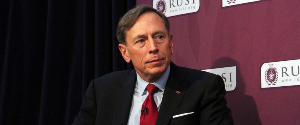 PHOTO: General David Petraeus, the former head of the U.S. forces in Iraq and Afghanistan, speaks at defence think-tank RUSI, in London, March 4, 2016.