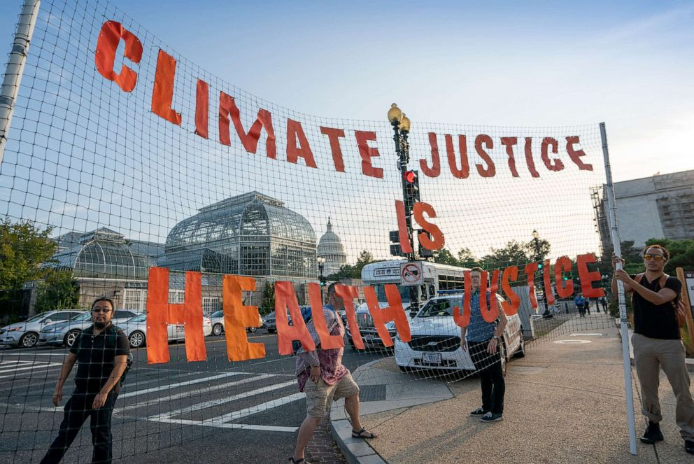 PHOTO: Climate activists participate in a Shut Down DC protest to urge action on the climate crisis, on Independence Avenue near Capitol Hill in Washington, Sept. 23, 2019.