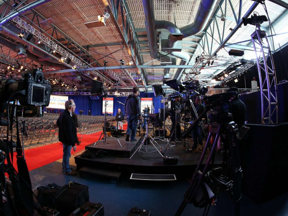 PHOTO: Setting the stage for a presidential debate in 2015.