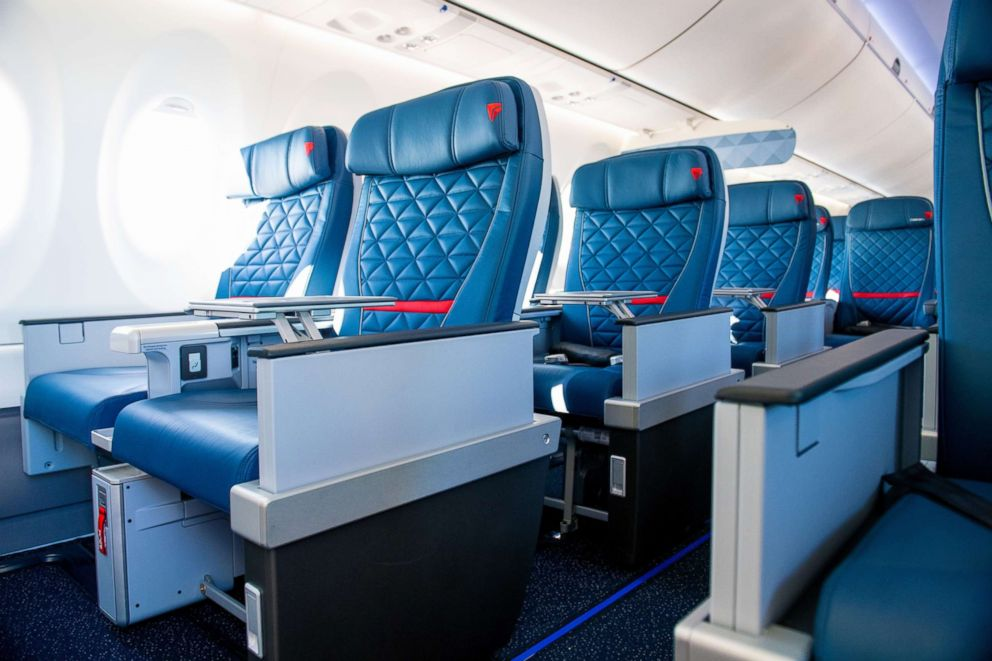 PHOTO: Details are shown on Delta Air Lines first A220.