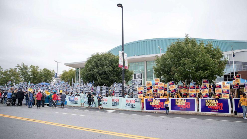 Δημοκράτες στόχο προαστιακό ψηφοφόρους σε βασικά πεδία μάχης μπροστά από το 2020