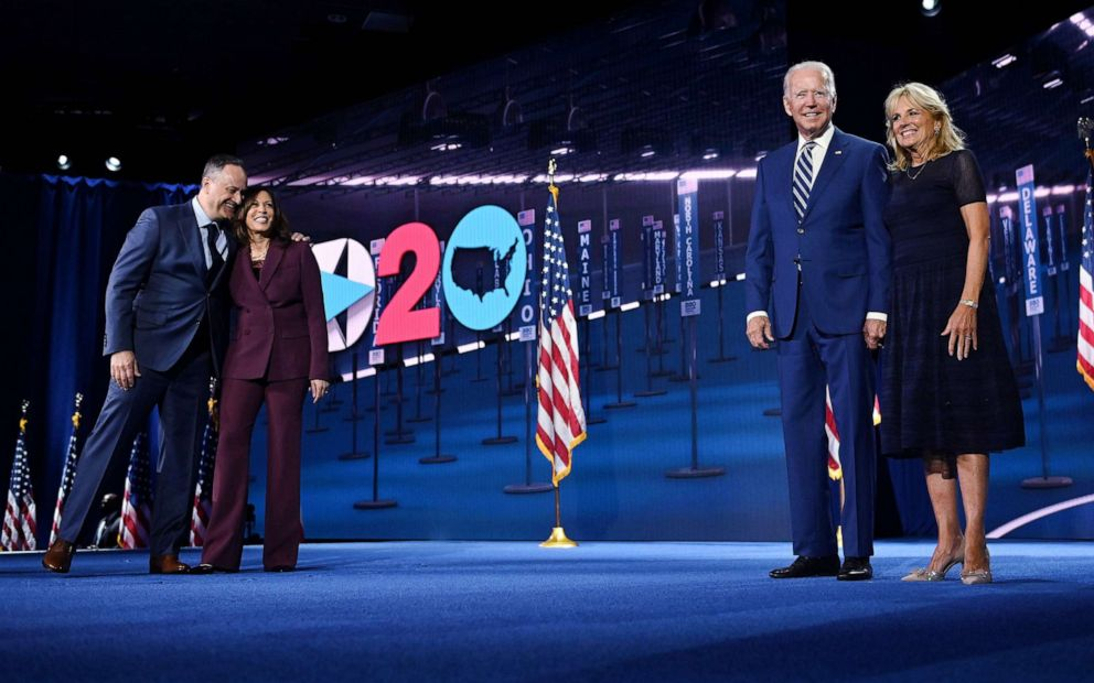 Dnc 2020 Day 3 Kamala Harris Accepts Vp Nomination Obama Slams Trump S Failures Abc News