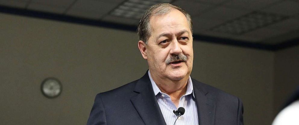 PHOTO: Republican candidate for U.S. Senate Don Blankenship speaks at a town hall meeting at West Virginia University on March 1, 2018 in Morgantown, W.,Va.