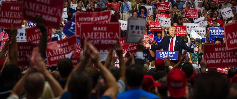 PHOTO: Republican Presidential candidate Donald Trump addresses supporters at the James A. Rhodes Arena on Aug. 22, 2016 in Akron, Ohio.