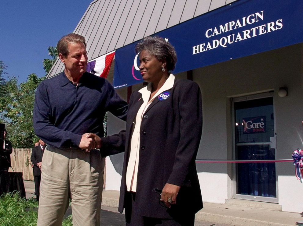PHOTO: Democratic presidential hopeful Al Gore introduces his new campaign manager Donna Brazile, at a ribbon-cutting ceremony for his new presidential campaign headquarters in Nashville, Oct. 6, 1999.
