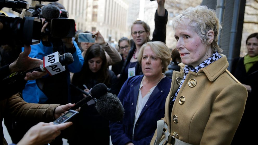 Justice Department seeks to defend Trump in E. Jean Carroll defamation lawsuit thumbnail