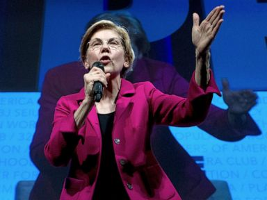 On the campaign trail Elizabeth Warren furthers calls for impeachment proceedings