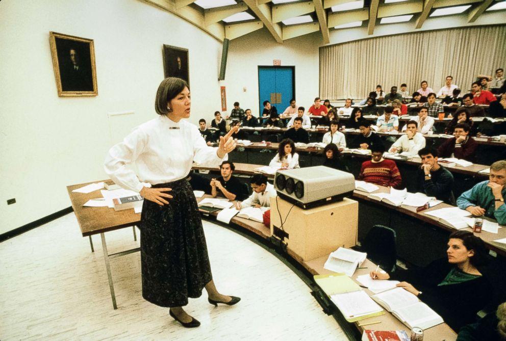 PHOTO: Professor Elizabeth Warren teaches an unspecified class at University of Pennsylvania Law School, Philadelphia, Pa., early 1990s.