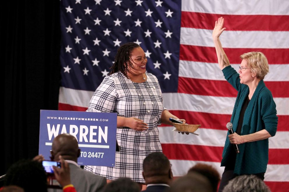 PHOTO: Democratic 2020 U.S. presidential candidate and U.S. Senator Elizabeth Warren (D-MA) speaks to supporters in Memphis, March 17, 2019.