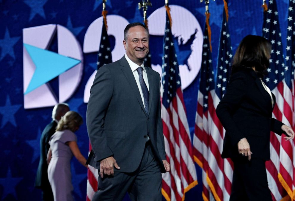 From Raising Objections To Raising Millions Harris Husband Doug Emhoff Taps Legal World To Boost Dem Ticket Abc News