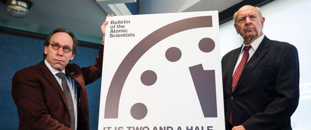 PHOTO: Doomsday Clock to two and a half minutes to midnight at the National Press Club in Washington, Jan. 26, 2017.