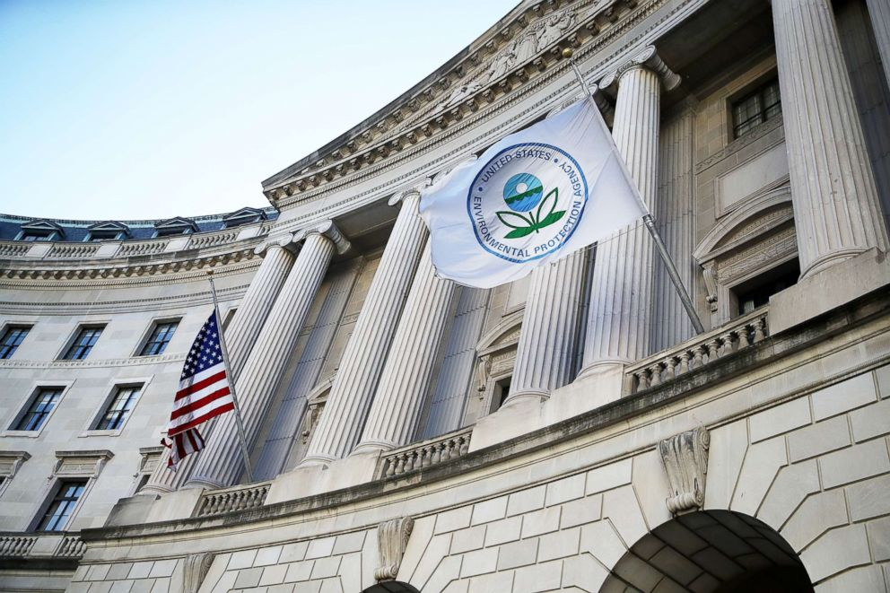PHOTO: A view of the U.S. Environmental Protection Agency (EPA) headquarters on March 16, 2017 in Washington, D.C.