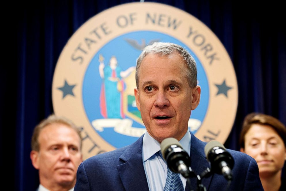 PHOTO: Eric Schneiderman, the New York attorney general, attends a news conference in Manhattan, New York, July 19, 2016.   <p itemprop=