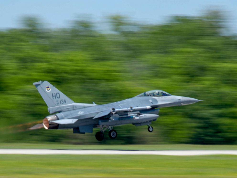 PHOTO: An F-16 Fighting Falcon from Hollomans 8th Fighter Squadron, takes off down the runway, April 10, 2019, on Naval Air Station Joint Reserve Base in New Orleans, La.