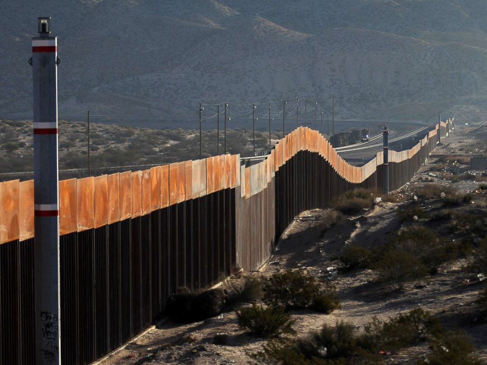 PHOTO: A view of the border wall between Mexico and the United States, in Ciudad Juarez, Chihuahua State, Mexico on Jan. 19, 2018.