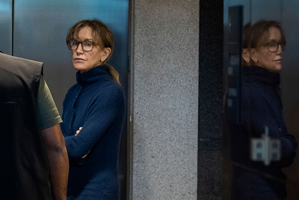 PHOTO: Actress Felicity Huffman is seen inside the Edward R. Roybal Federal Building and U.S. Courthouse in Los Angeles, March 12, 2019.