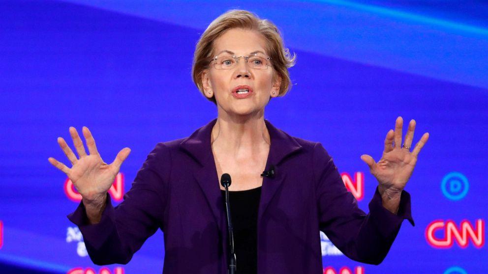 ANALISIS: Warren mengambil segar panas tersebar di debat Demokratis
